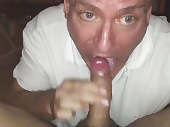 Swallow sex clips - gay men porn